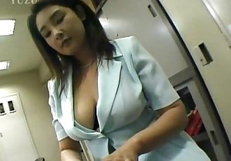 Yui Tokui fucks with vibrator at office - 10 min