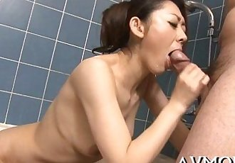 Milf gets big wang to play with - 5 min