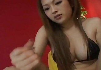 Sexy Japanese babe gets fucked Uncensored - 7 min
