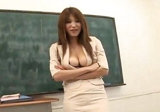 Ai Kurosawa fondles her tits and rubs pussy in front of fellow - 10 min