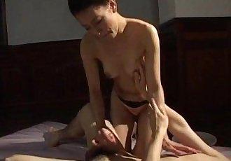 Yumi Shindo fucked doggy a lot - 10 min