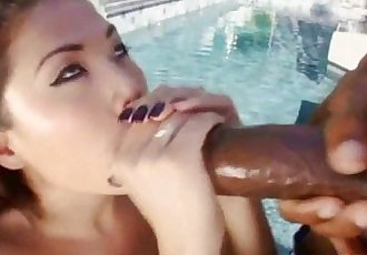 Cutie chick London Keyes having a big dick - 6 min