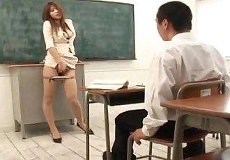 大 波连 Ai 黑泽明 手指 乱搞 她自己 在 前 的 她的 学生 - 11 min