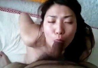 koreau wife sucking and cum in mouth - 4 min