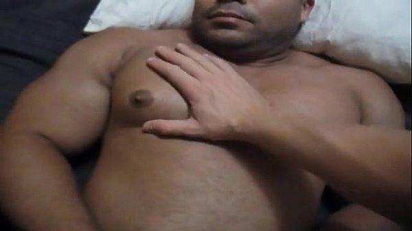 Sucking bodybuilder\