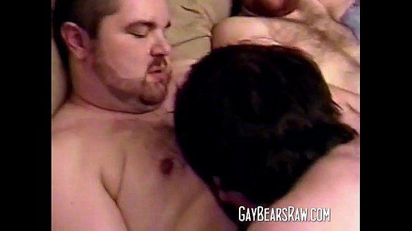 See this big fat gay bear threesome