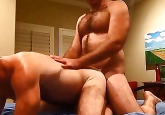 Beefy stud fucks daddy