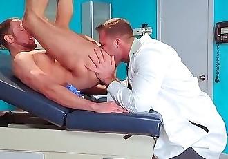 HotHouse Doctor Seduces Big Dick Patient