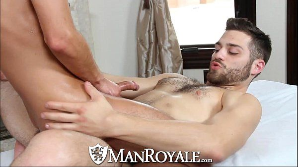 Manroyale Hairy masseur sucks and fucks twinkHD