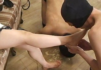 Japanese Femdom Emiru Foot Worship - 20 sec