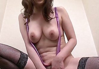 Asian wanker loves her toys and pussies when alone - 6 min