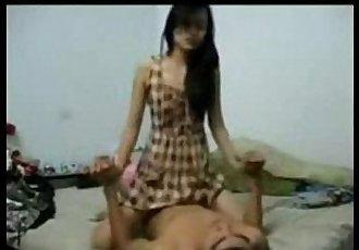 Bata pa si Nene Magaling ng Umibabaw - www.kanortube.com - 4 min