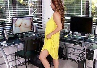 Mature Asian mom with beautiful big tits - 8 min HD