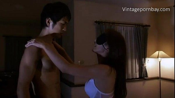 Blind Japanese Stepmom Doesn\