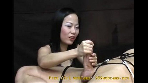 Asian Girl Gives an Intense Hand Job You Will Never Forget! 999webcams.net
