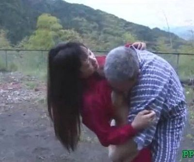 Asian Girl Getting Her Pussy Licked And Fucked By Old Man Cum To Ass Outdoor At - 9 min