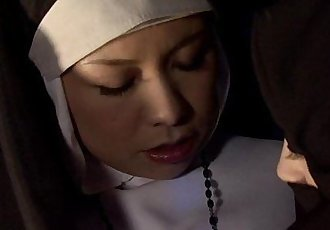 Asian nuns are rediscovering the teachings of Christ - 7 min HD