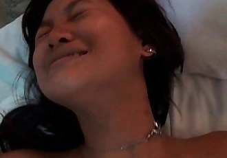 Shy Oral Asian Amateur Gets Licked And Fucked - 5 min HD