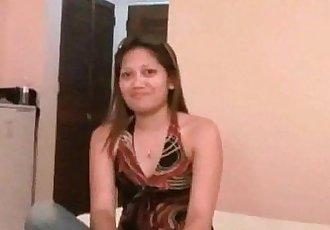 Filipina Amateur Blows A Tourist She Just Met - 6 min HD