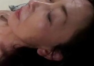 Japanese mature still loves creampie - 31 min