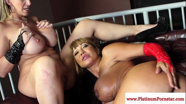 Ava Devine and Sarah Jay interacial funHD