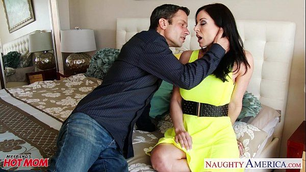 Superb mom Kendra Lust fuckingHD