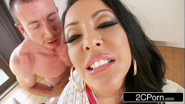 Gorgeous Latina MILF Kiara MiaFirst Time Anal SceneHD