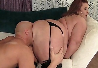 Big boobed mature BBW Lady Lynn hardcore sex - 9 min HD