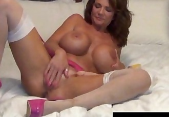 Foxy Cougar Deauxma, Shows How A Woman Squirts with 2 Toys!HD+