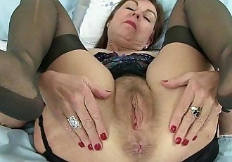 Englands finest milfs for your feasting eyesHD