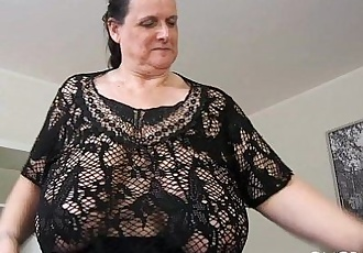 Busty hairy Mary - 42 sec HD