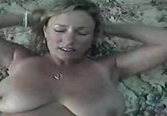 UNCUT - Awesome Ashley - Moms Bed ( Milf Homemade Fuck ) - 4 min