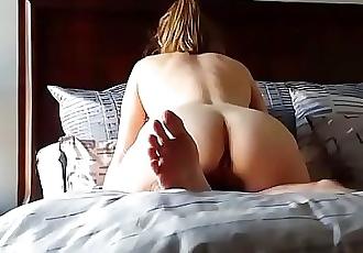 My fucking pawg mom on hidden camera 8 min