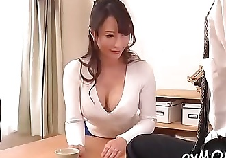 Slim mom positions her tight cunt on hard cock whilst deepthroating 5 min