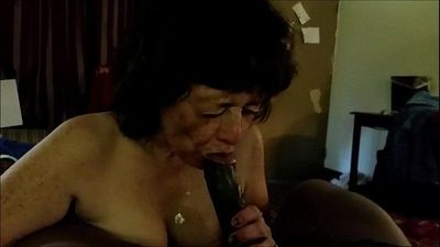 Granny Loves Sucking Black Dick & Swallowing - 3 min