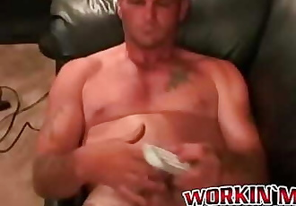 Massive cock wielding hunk cant stop himself from jerking 8 min