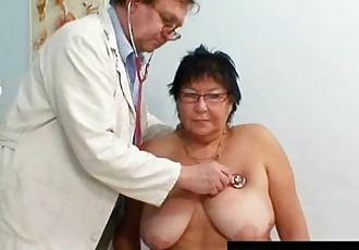 Busty elder woman gyn clinic exam - 5 min