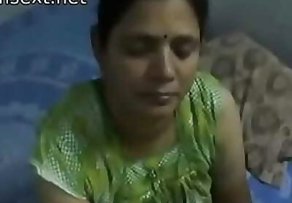 Indian desi mom gives very hot oily handjob to her son 2 min