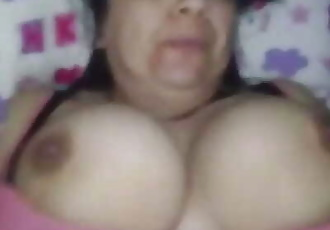 Desi mature chubby aunty fuck by young driver 62 sec 720p
