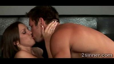 Lucky young perv tongues a gorgeous MILFs pink twat - 4 min