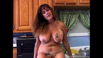 Beautiful big tits MILF is feeling horny - 10 min