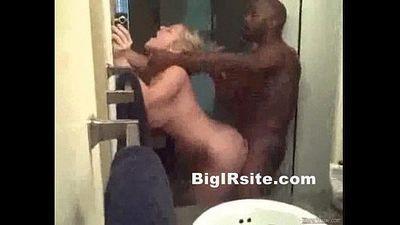 big tity bitch gets fucked by ebony black men - 5 min
