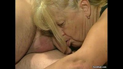 Two granny get fucked in foursome action - 6 min HD