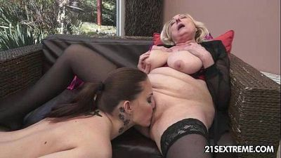 Sila and Lyen Parker - Old Young Lesbian Love - 5 min