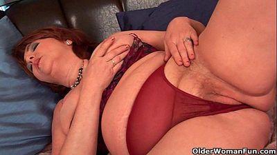 Full figured grandma with big tits needs orgasm - 5 min HD