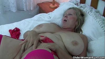 British and big boobed grandma Isabel rubs her old clit - 6 min HD