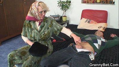 Le donne anziane