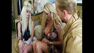 Gaga Invited To Kelly Madisons House For A Hot Threeway - 4 min