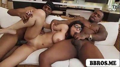 Mia Khalifa Caliente sexy Adolescente Morena Follada :Por: dos Negro monstruo pollas