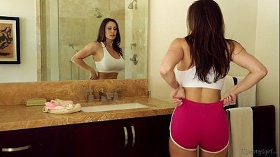 Busty Milf Kendra Lust and Riley Reid at Mommy\'s GirlHD